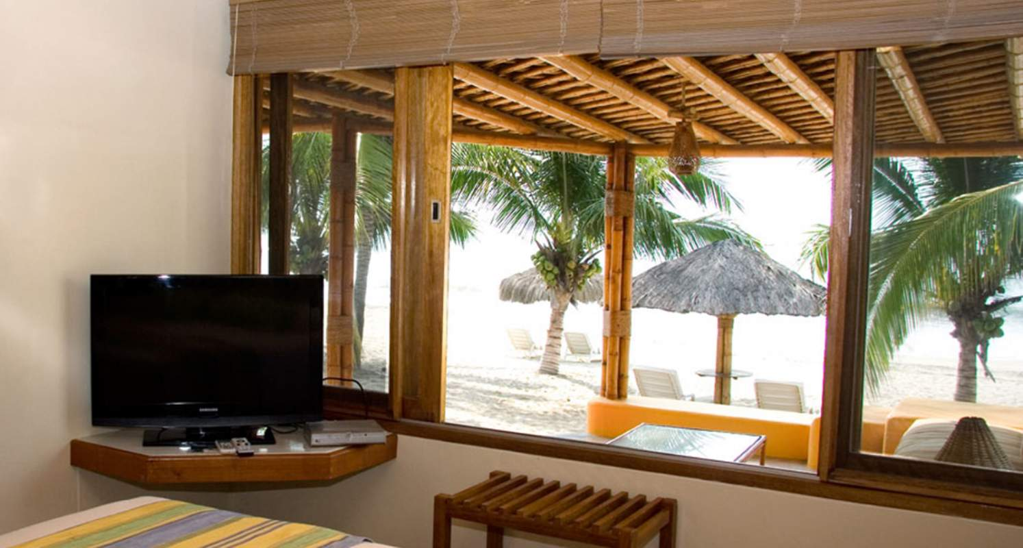 Punta sal bungalos and suites resort southern explorations for 15 royal terrace day spa