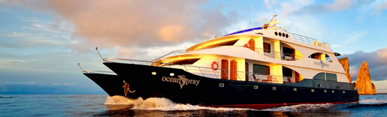 Boats That Tour Galapagos Islands
